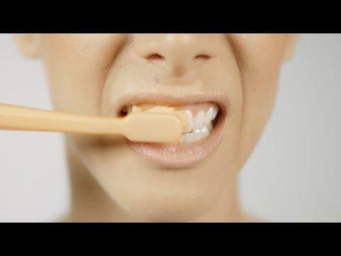 Richtige Zahnpflege - Richtig putzen mit Handzahnbürste
