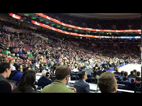 """Eagles fans chant """"We want Brady"""" at Sixers game"""