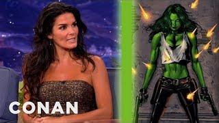 Conan - Angie Harmon veut être 'She-Hulk' (2012)