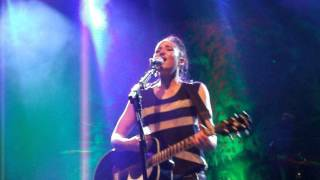 The Entertainer - KT Tunstall Manchester 2011