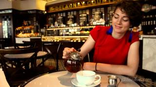 preview picture of video 'London English Afternoon Tea; From Twinings to Delaunays'