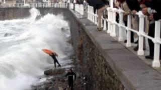 Surf & Bodyboard ACCIDENTS in Gijon. Video de Surf y bodyboard en LA21