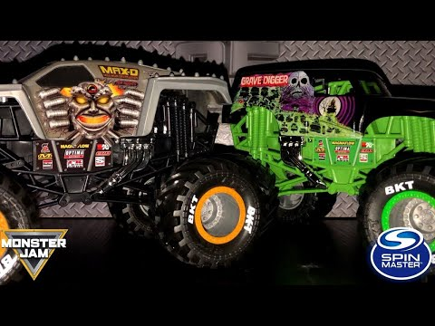 SPIN MASTER MONSTER JAM 1/24 SCALE REVIEW! (MIX 01 2019)