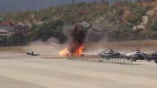 Смотреть онлайн Вертолет взорвался после неудачного приземления