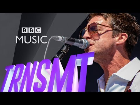 Miles Kane - Cry On My Guitar (TRNSMT 2018)