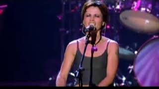 the cranberries live in paris