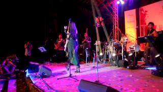 Sona Mohapatra - Chori Chori LIVE at Bandra Bandstand Amphitheatre