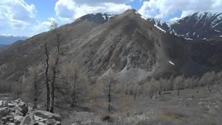 Вид с Курайского на Северо-Чуйский хребет.