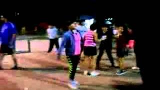 preview picture of video 'Centro Murga Dandys de Avellaneda, Somos los Dandys, ensayo en Delfo Cabrera, 18/10/2013'