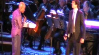 "Josh Groban sings ""Pearls"" with Angelique Kidjo"