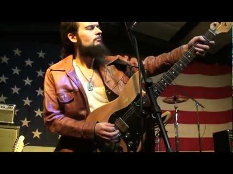 DEMIAN BAND Live in Arkansas. U.S.A. I'm Leavin' This Town + Mystery Train