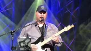 Christopher Cross - Arthur's Theme (Best That You Can Do) & Ride Like The Wind - Epcot 2013