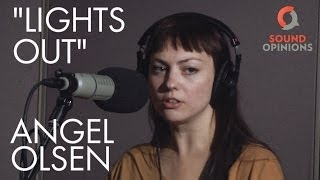 Angel Olsen performs Lights Out (Live on Sound Opinions)
