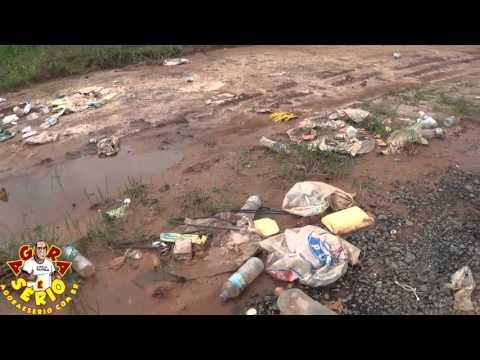 Local onde foi realizado o Rodeio do Fiasco 2015 está coberto de lixo e o governo 23 fingir não ver
