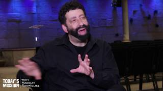 Jonathan Cahn | Israel: God's End Time Alarm Clock? | By Madelyn Rodriguez