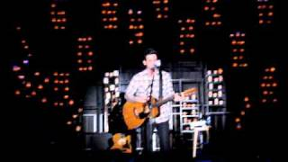 """Acoustic """"The Moon Is Down"""" performed by Chris Carrabba"""