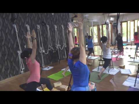 mp4 Iyengar Yoga Surabaya, download Iyengar Yoga Surabaya video klip Iyengar Yoga Surabaya