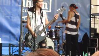 Abandon All Ships - Take One Last Breath (Live at Scenefest 2012) HD