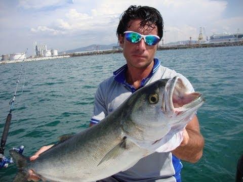 La pesca su un mangiatore di unattrezzatura per comprare