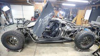 Off-Road Lamborghini Huracan gets Racing Seats and Harnesses Installed