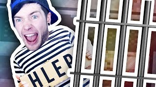 AMBUSHING A PRISONER!!! (The Escapists Jingle Cells #3)