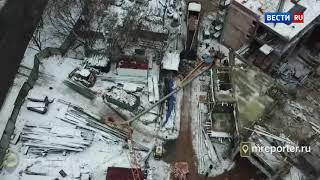 На западе Москвы упал башенный кран