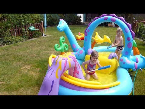 Swimming pool for kids playing with slide Toys for Kids Cooles Kinder Planschbecken