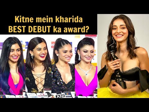 Bollywood Actress LAUGHS On Ananya Pandey Winning BEST DEBUT Filmfare Awards 2020