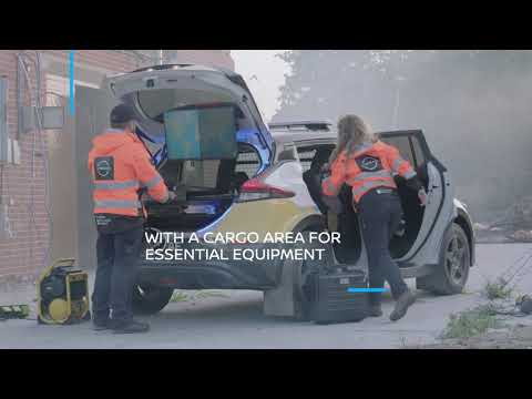 Nissan RE-LEAF: 100% electric emergency response vehicle concept