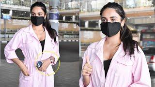 Nidhi Agarwal Spotted At HYD Airport |Celebrities Airport videos | Nidhi Agarwal