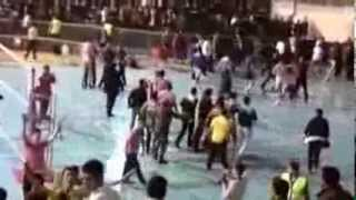 preview picture of video 'جشن پیروزی پوریا فیاضی   شهرداری اورمیه 3 - 1 میزان مشهد   لیگ برتر والیبال 1392'