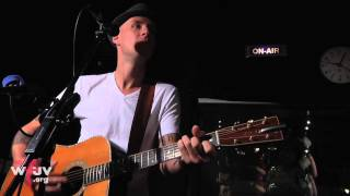 """Brandi Carlile - """"Keep Your Heart Young"""" (Live at WFUV)"""