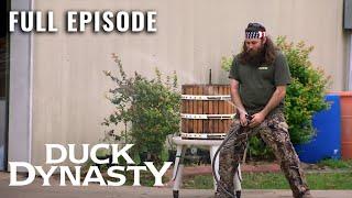 Duck Dynasty: Sauvignon Beard - Full Episode (S1, E9) | Duck Dynasty