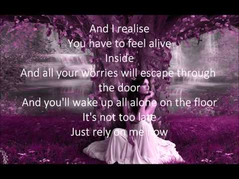 Gabrielle Aplin - Alive Lyrics