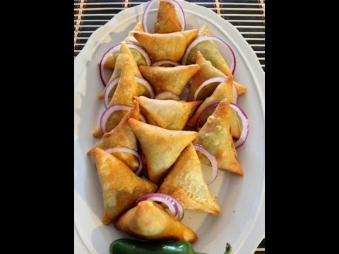 Download Samosas Part 1 (How To Make The Samosa Pocket) HD Mp4 3GP Video and MP3