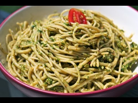 Video Healthy Spinach Pesto Pasta Recipe