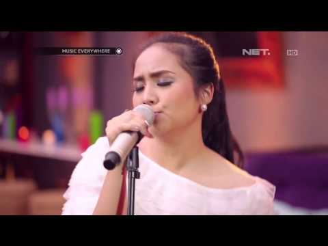 Gita Gutawa - Somebody That I Used To Kno - Gotye Cover (Live At Music Everywhere) ** Mp3