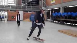 preview picture of video 'colectivo skateboard de bosa  agosto 2014'