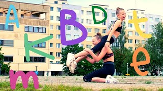 GYMDUO Barča&Verča | Zvládnou gymnastky Písmenkovou Challenge?