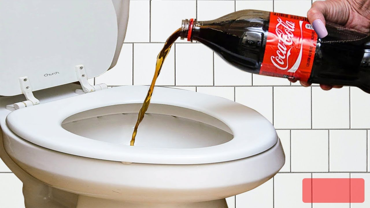 When a Woman Poured Coca-Cola Down Her Toilet, She Was Blown Away by the Results