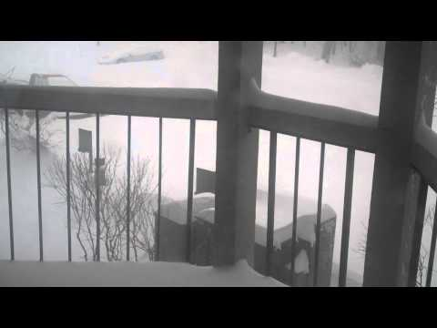 Download Snow in Eagan, MN - 12-11-10 Mp4 HD Video and MP3