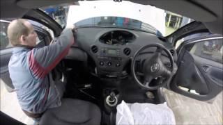 2004 Toyota Yaris Top Dash Removal