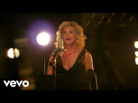 The Way You Look Tonight (Feat. Faith Hill)