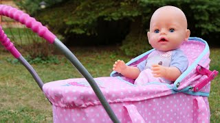 Беби Анабель гуляет в коляске. Игры для девочек в дочки матери. Видео с куклами