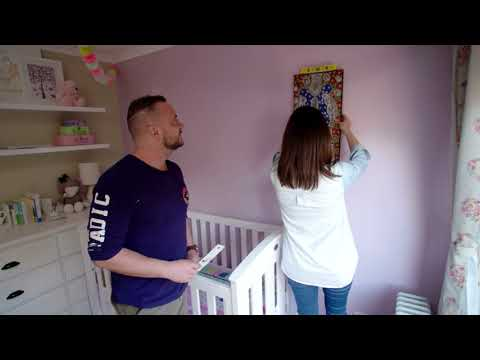 How to hang pictures without damaging your walls!