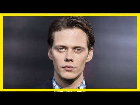 Bill skarsgard says he has not tried to reproduce tim curry's clown in it | MTW