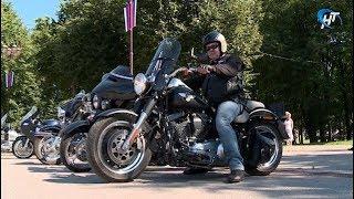Байкеры международного мотофестиваля St. Petersburg Harley®Days заехали в Великий Новгород