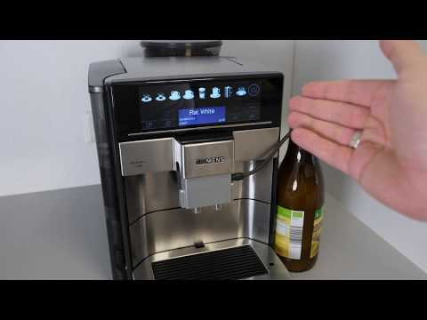 Siemens EQ.6 plus Kaffeevollautomat: Das Milchsystem reinigen