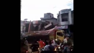 Video Gempa Bumi Di Aceh Hari Ini..!!!