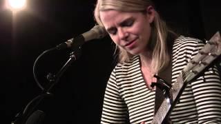 Aoife O'Donovan - Beekeeper - live at McCabe's